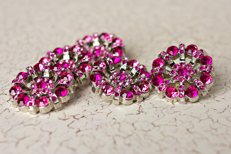 Lisa - Fuchsia Rhinestone Button