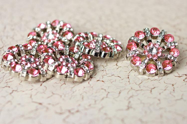 Lisa - Light Pink/Clear Rhinestone Button