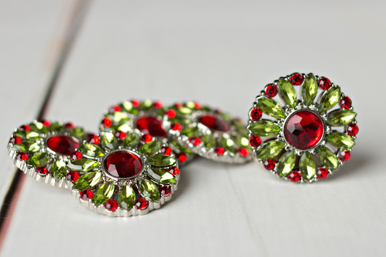 Amy - Artichoke/Red Rhinestone Button
