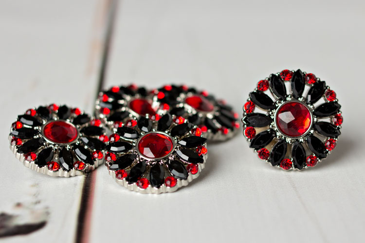 Amy - Black/Red Rhinestone Button