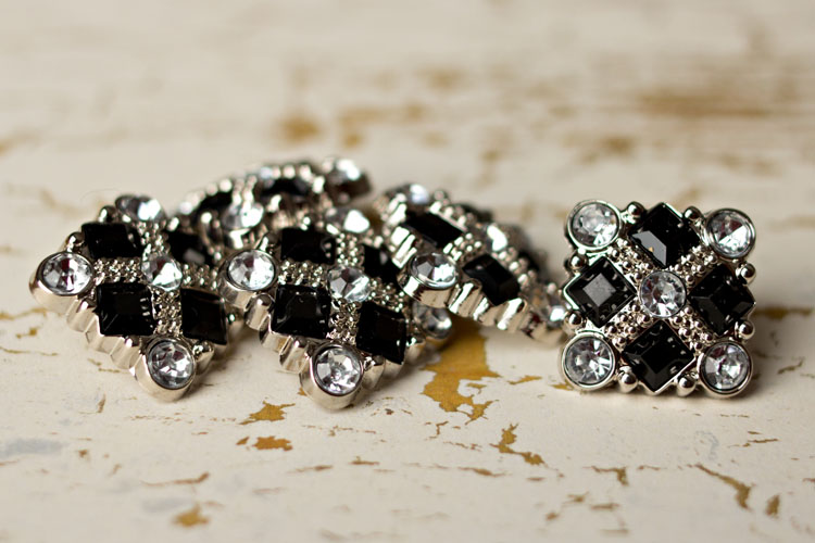 Diane - Black/Clear Rhinestone Button