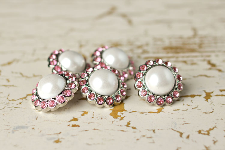 Amelia - White Pearl/Light Pink Rhinestone Button