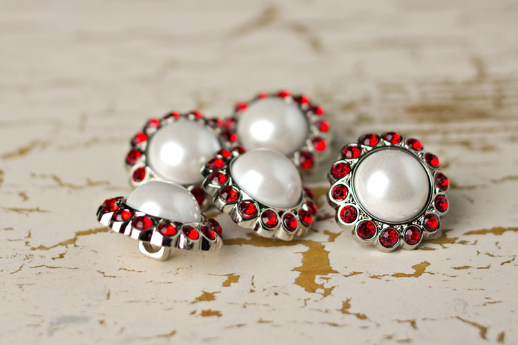 Amelia - White Pearl/Red Rhinestone Button