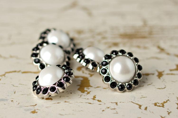 Amelia - White Pearl/Black Rhinestone Button