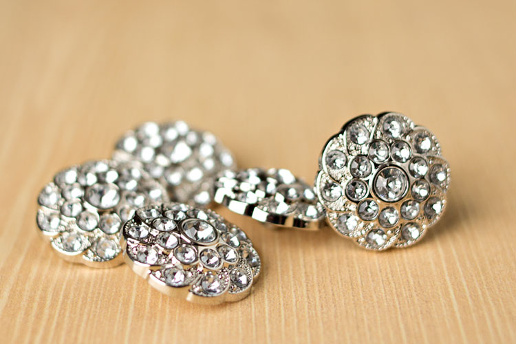 Shelley - Clear Rhinestone Button